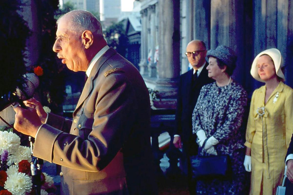 De Gaulle's Cold War